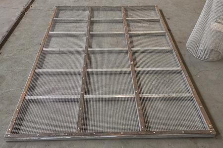 直线振动筛钢制网架